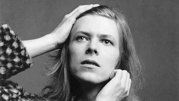 david-bowie-brian-ward-1971-the-david-bowie-archive-620